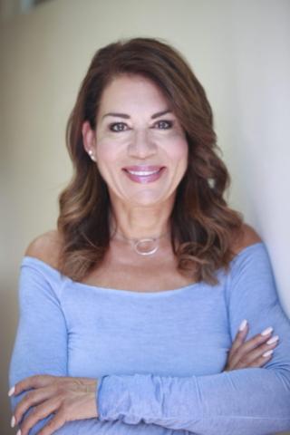Roxanne Hunt